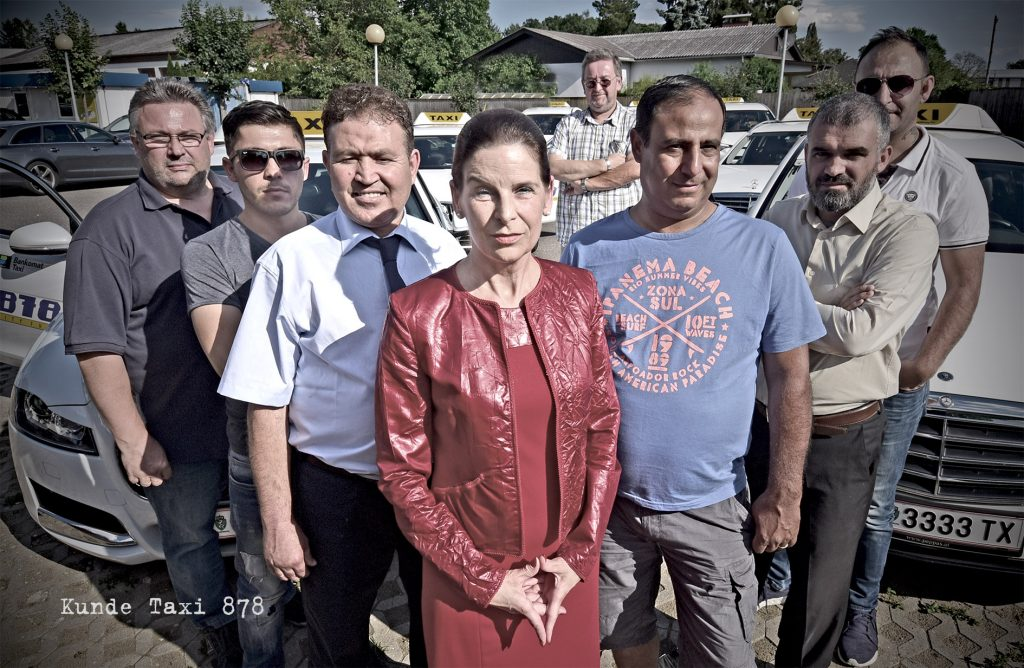 878-Team-mit-Frau-Loibner-002-Bild-Juriatti
