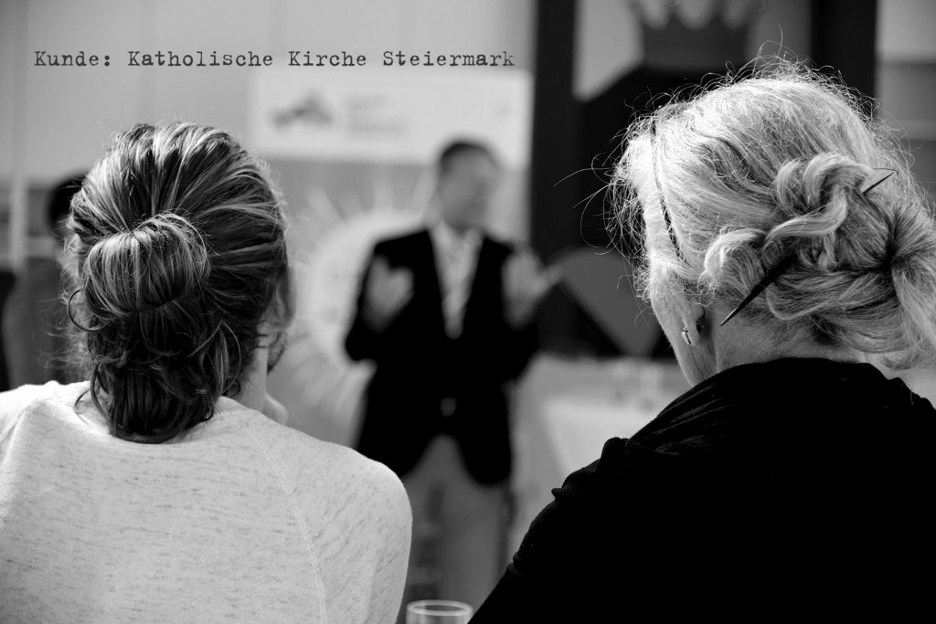 Frauen-Kath-kirche-pressekonferenz